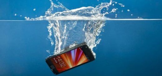 smartfone, voda, izpusnat
